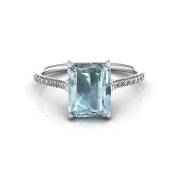 14K White Gold Emerald Cut Aquamarine Engagement Ring with Diamonds