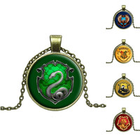 Hogwarts Cabochon Necklace (4 houses)