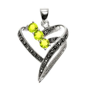 Natural 1.9TCW Round Cut Green Peridot Heart Pendant Necklace