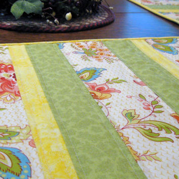Quilted placemats, set of 4, summer abstract floral print in green, yellow, aqua and shades of pink