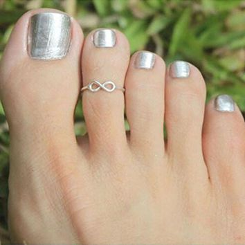 Simple Knot Toe Ring