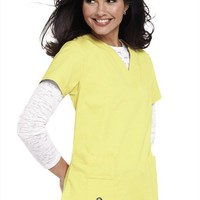 Crocs Vicki notched v-neck scrub top. - Scrubs and Beyond