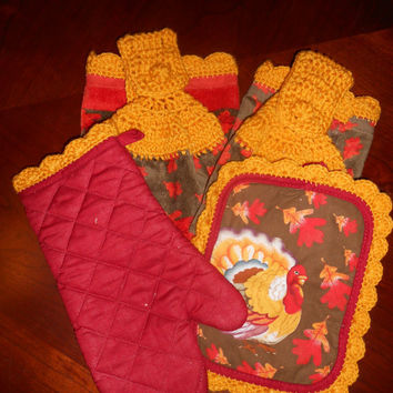 Kitchen Towel Set - Crochet Trim -Thanksgiving set consisting of two hanging towels, pot holder and oven mitt