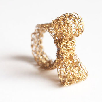 Gold Mesh Bow Ring womens gift, sparkly ring, cute bow ring, oversized, 14k gold, comfortable, large, kawaii jewellery, bling jewelry, lace