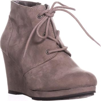 SC35 Alaisi Lace Up Wedge Booties, Grey, 5 US