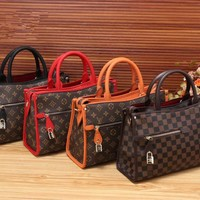 """Louis Vutitton"" Retro Fashion Multicolor Tartan Classic Logo Print Single Shoulder Messenger Bag Women Temperament Handbag"