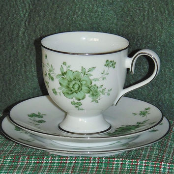 Vintage Noritake Ireland Tipperary pattern 2771 twelve piece set with platinum trim