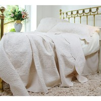Colette Ivory Throw Bedspread Quilt