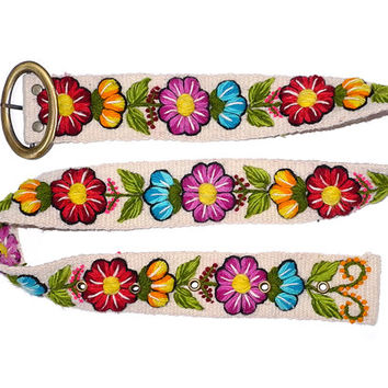 Wool embroidered belt Ivory Floral, Belts embroidered white, peruvian belts, colorful belts, woman belts, woman accessories