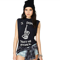 Letter Printed I Dont Trust Me Either Womens Tank Skull Finger Print T-shirt