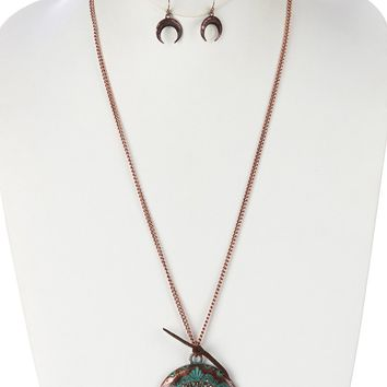 Aged Finish  Crescent Shaped Horn  Tribal Symbol Etched lic Stone Chip Cluster Faux Suede Tie Necklace Earring Set