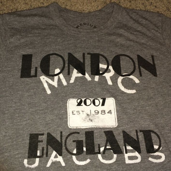 Sale!! Vintage MARC JACOBS 2007 T Shirt London England Tee