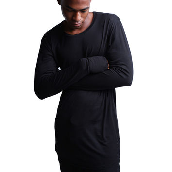Thread Workshop Layering Ninja Extended T-shirt in Black