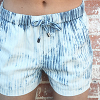 Magnolia Stripe Short