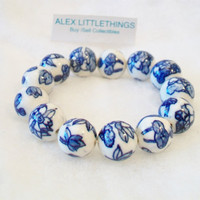Blue and White Beaded Stretch Bracelet Asian Floral Handmade