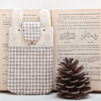 Checkered iPhone sleeve, Bunny iphone 6 case, Handmade  Nokia Lumia sleeve, iPhone case, iPhone cover