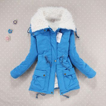 Women are thickening in winter Hooded long Down jacket women Slim fit Heavy hair collar Cotton-padded clothes coat