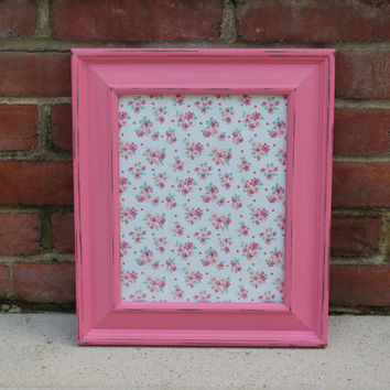 Wall-mounted shabby pink wood 8 x 10 picture frame - Pink decor, painted frame, gifts for her, girls room