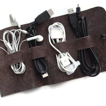 Distressed Leather Cord Wrap, Leather Cable Keeper, Leather Cable Organizer, Earbud Holder, Handmade in Italy by Feltapp