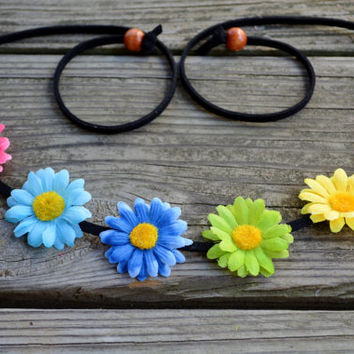 Rainbow Flower Headband Halo Floral Crown Hippie Headpiece Bohemian Headwrap Flower Crown Rainbow Colorful Daisy Crown Festival Wear