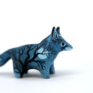MADE TO ORDER Moon Wanderer Fox Totem Figurine Sculpture, Animal magic spirit amulet
