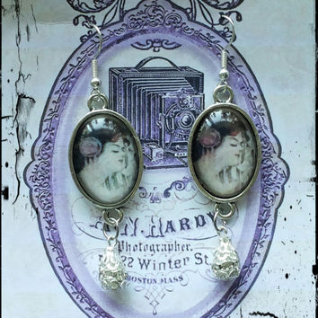 Handmade victorian-style cabochons dangle earrings