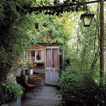 please sir: A Garden is in Your Future on we heart it / visual bookmark #369552 on we heart it / visual bookmark #10021767