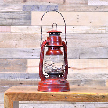 Vintage Dietz Lantern, Dietz Little Wizard, Syracuse New York, Old Red Lantern