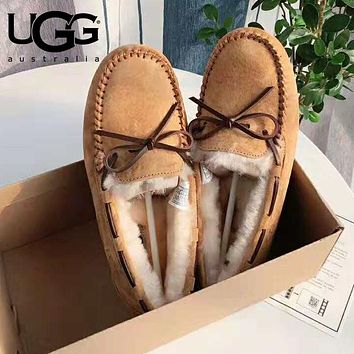 """UGG"" Winter Classic Stylish Women Wool Flat Shoes Brown"