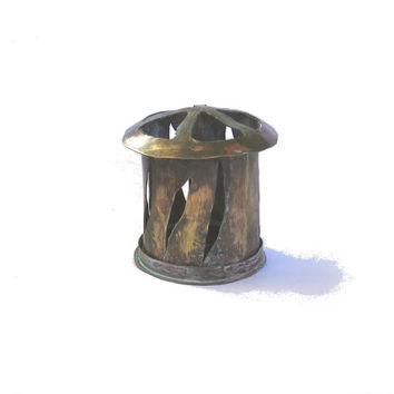 Rustic candle holder. Vintage lantern. Candle lantern. Rustic lantern. Copper candle holder. Farmhouse candle holder. Small lantern.
