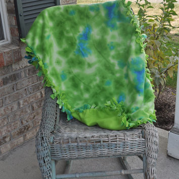 ON SALE Clearance!!! Green and Blue tie dye throw/lap/toddler Fleece blanket.  Ready to ship