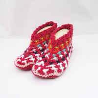 Knitted Socks / Slippers in Raspberry/pink, Hand Knitted Women Winter Home Socks / Slippers, Indoor Slippers