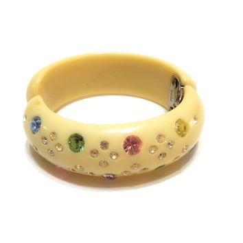 Weiss Celluloid Clamper Bangle, Fruit Salad Rhinestones, Stacking Bangle, Cream Clamper Bracelet, 1940s, Retro Jewelry, Vintage Jewelry