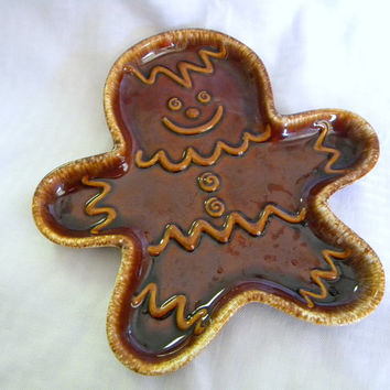 Hull Gingerbread Man serving tray 1960s pottery