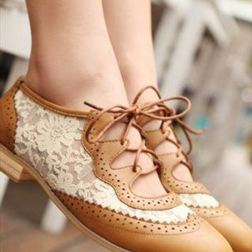hollow toe lace belt plat shoes brown  from Bright91