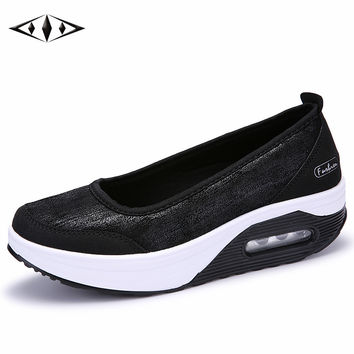 Reflective New Women Light Sneakers Autumn Outdoor Sport Relax Lady Walking Shoes New Height Increasing For Female SZ7667