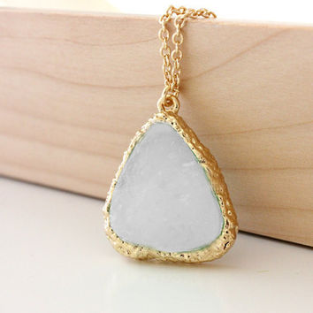 Druzy pendant white on gold chain