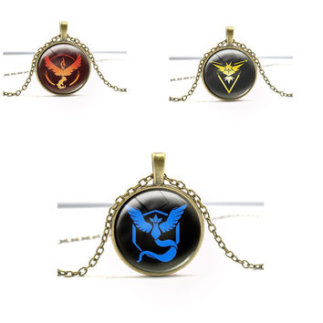 2016 Trendy Anime Pokemon Valor Mystic Instinct Vintage Jewelry Glass Metal Pendant Necklace Keychain Cosplay Gift