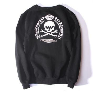 The new hip-hop tide brand men and women couple sets of head sweater personalized embroidery LOGO plus velvet sweater