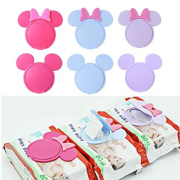 1PC Baby Wipes Cover Portable Reusable Cartoon Baby Wet Wipes Lid Child Wet Tissues Lid Useful Mobile Wipes Wet Paper Lid