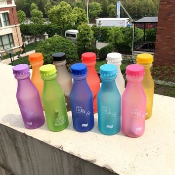 Hot Sale 550ML Candy Colord Portable Plastic My Water Bottle Tour Sport Lemon Juice Kettle Drinkware High Quality BPA Free