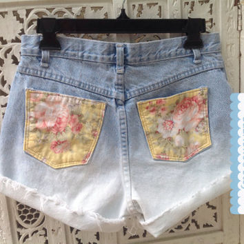 Vtg Floral Soft Grunge High Waisted Shorts Ombre Dye Destroyed Soft Yellow //SuzNews Etsy Store//