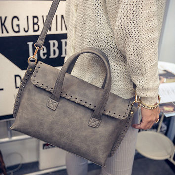 Women fashion handbags on sale = 4473162692