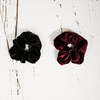 Vintage Renewal Scrunchies - Urban Outfitters