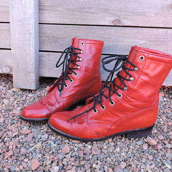 Tony Lama ropers / size 5.5 / red leather lace up ankle boots / George Strait signature boots / red fringed cowgirl western lacers