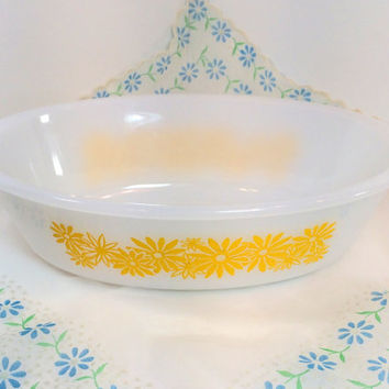 Vintage Glasbake Yellow Daisy Oval Casserole Dish, Milk Glass, Mid Century, Yellow Flower