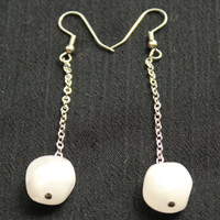 Handmade Mod Retro Dangle Earrings in Silver Tone With Marbled White and Clear Bead