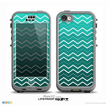 The Teal Gradient Layered Chevron Skin for the iPhone 5c nüüd LifeProof Case
