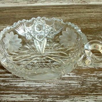Vintage EAPG Nappy Bowl, 1917 McKee Glass #410 Innovation Wheel Cut Glass Bowl, Brilliant Cut Glass Candy Dish, Daisy Flowers, Handle