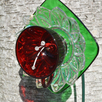 Christmas Vintage, Glass Plate Flower, Outdoor Garden Decor, Holiday Lawn Ornament,  Recycled Vintage  Glass Yard Art, Holiday Home Decor